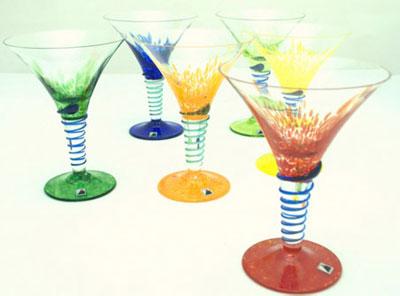 Фужеры из богемского стекла на праздничном столе